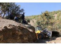 Hizan'da yeni köy yolları açılıyor