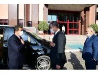 Başkan Köse, Esenler Belediye Başkanı Tevfik Göksu'yu ağırladı