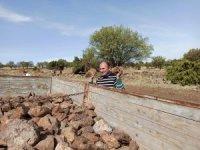 Tarlalarla sonbahar ekimi öncesi zorlu mücadele