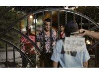 Usta sanatçı Sermiyan Midyat 'Eyvah Tatil' filmiyle seyirciye sürpriz yapacak