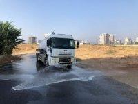 Yenişehir'de sokaklar dezenfektanlı suyla temizleniyor