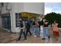 Marmaris'teki hırsızlık şüphelileri, İzmir'de yakalandı