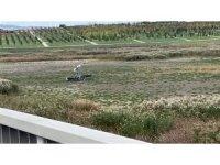 İstanbul Hezarfen Havalimanı'ndan havalanan  bir eğitim uçağı düştü. Olay yerine sağlık ve polis ekibi sevk edildi.