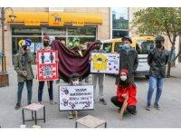 Bitlis'te pandemiye dikkat çekmek için tiyatro oyunu sahnelendi