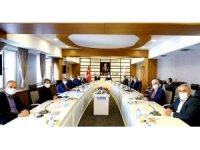Bakan Selçuk, Sağlık Aile ve Sosyal İşler Komisyonu ağırladı