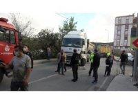 Arnavutköy'de hafriyat kamyonları kaza yaptı: 1 yaralı