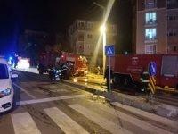 Kocaeli'de mobilya atölyesi yandı binada mahsur kalanları itfaiye kurtardı