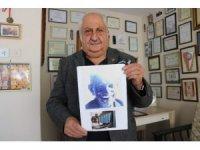 Aşık Veysel'in yüzlerce fotoğrafını müzeyi andıran arşivinde saklıyor