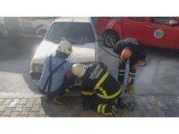Tekirdağ'da park halindeki araçta yangın