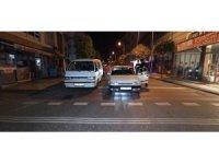 Polis denetimini gören sürücü aracını bırakıp kaçtı