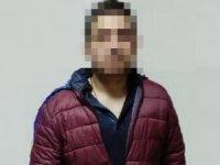 Sahte belgelerle milyon liralık vurgun yapan 2 şüpheli tutuklandı