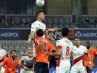 Süper Lig: Medipol Başakşehir: 5 - Antalyaspor: 1 (Maç sonucu)