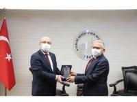 Rektör Karamustafa'dan Başkan Büyükkılıç'a teşekkür ziyareti