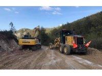 Kuşçaören Köyü yolu onarım çalışmaları devam