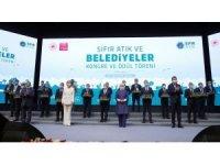 Başkan Büyükgöz'ün çevre projesi ile Emine Erdoğan'dan ödül aldı