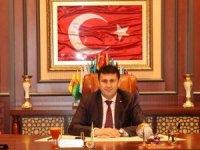 Çat Belediye Başkanı Melik Yaşar'dan  Mevlit Kandili ve Cumhuriyet Bayramı mesajı