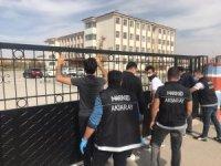 Aksaray'da narkotik polisi okul önlerinde göz açtırmıyor
