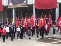 Zonguldak'ta 29 Ekim öncesi çelenk sunuldu