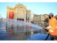 Aksaray'da cadde ve sokaklar yıkanıyor