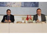 BİK Genel Müdürü Rıdvan Duran, İzmir'deki gazete sahipleriyle buluştu