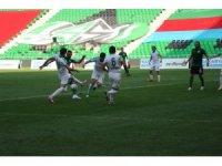 2. Lig: Sakaryaspor: 2  - Sivas Belediye Spor: 2