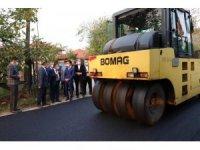 Çilimli'de devam eden asfalt çalışmaları incelendi