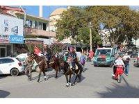 Çan'da Cumhuriyet Bayramı atlı süvarilerle kutlandı