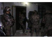 Adana'da PKK/KCK operasyonu: 5 gözaltı