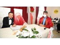 Başkan Mustafa Kocaman genç çiftleri yalnız bırakmıyor