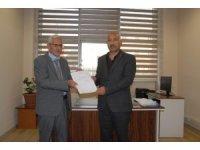 MHP Van İl Başkanı Güngöralp mazbatasını aldı