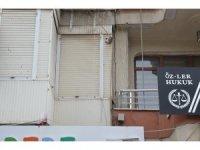 Turgutlu'da binalarda çatlaklar oluştu