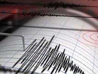 İzmir'de 5.0 büyüklüğünde artçı deprem