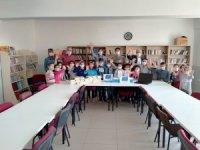 Pazarcık İlkokulu'na bilgisayar yardımı