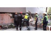 Gönüllü arama kurtarma ekipleri deprem bölgesinde çalışmalara destek veriyor