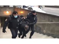 Rusya'daki Müslümanlardan Fransa karşıtı protesto