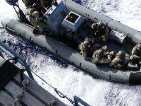 Alman askerleri, Libya'ya giden Rosaline A isimli Türk gemisine çıktı