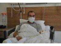 4 saat süren operasyonla elini kaybetmekten kurtuldu
