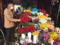 Korona virüs çiçekleri vurdu, Öğretmenler Günü'nde satışlar düştü