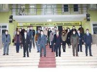 Vali Sarıibrahim öğretmenler gününü kutladı