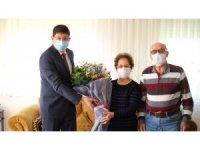 Nazilli Belediye Başkanı Özcan, güne ilkokul öğretmenini ziyaret ederek başladı