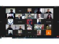 Geleceğin öğretmenleri çevrimiçi etkinlikte bir araya geldi