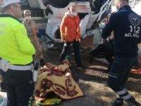 Mardin'de mısır yüklü tır şarampole uçtu: 1 ölü