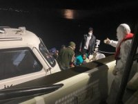 İzmir açıklarında 33 düzensiz göçmen kurtarıldı