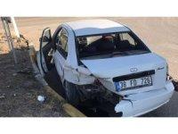 Sürücülerin dikkatsizliği kazaya neden oldu: 1 yaralı
