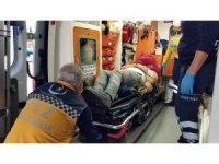 Samsun'da kavşakta otomobil minibüsle çarpıştı: 1 yaralı