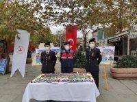 """İstanbul Jandarması kadınlara """"KADES"""" uygulamasını tanıttı"""