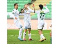 Bursaspor, hakem Burak Şeker'le maç kaybetmedi