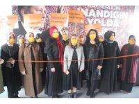"""AK Parti Kadın Kolları İl Başkanı Emine Timuçin: """"Kadına yönelik şiddet, aileyi parçalıyor"""""""
