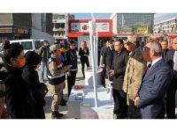 Güvenlik güçleri kadına yönelik şiddete karşı broşür dağıttı