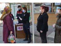 Kastamonu'da kadına yönelik şiddete karşı bilgilendirme standı açıldı